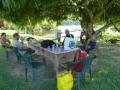 Onder de mangoboom met een Parbo biertje